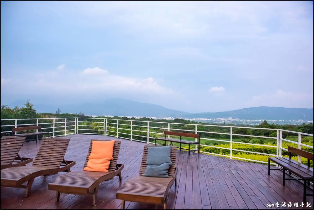 海境民宿位於小山丘的至高處,視野極佳、非常的遼闊。