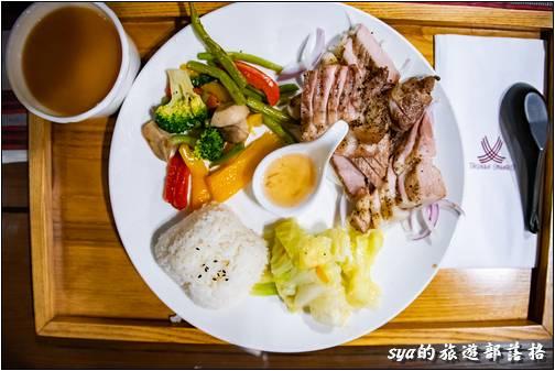 烤山豬肉套餐 $360