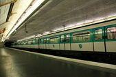 法國(8)塞納河的橋與巴黎地鐵﹝Pont de la Seine, le metro﹞:1203.JPG ( 巴黎 Paris , 地鐵 Metro )