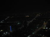 2011六天五夜環島旅行(1/23~1/28):高雄金典酒店64樓市景房窗外夜景