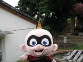 2011台鐵郵輪西拉雅1日遊(12/10):可愛的小寶於鹿陶洋江家古厝古井旁