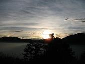 2008奮起湖阿里山之旅(8/30~8/31):阿里山祝山觀日平台日出