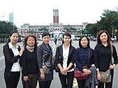甘肅六姝由台灣:1128台北總統府.JPG