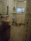2012.07.20 宜蘭彩繪森林民宿:這間浴室是泡澡桶!!