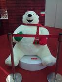 100.09.13 可口可樂125週年展@新光中山店13F:還有這個!! 北極熊!!