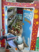 102.11.07 [台南彩繪] 警察新村:((其實我是想拍他家的盆栽擺法...