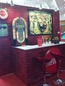 100.09.13 可口可樂125週年展@新光中山店13F:這個這個!! 可口可樂博物館最有名的巴台!!