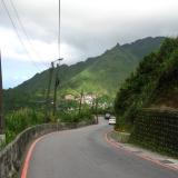 台北-白天:通往山城的路途