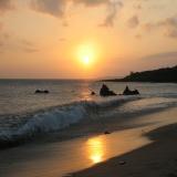 墾丁-晚上:夕照下的南灣沙灘浪花