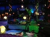 2009出發去東京DAY3:裡面有個劇場表演