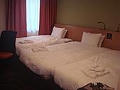 2010年10月 龜速行進的東京:這次住的房間~是三人房