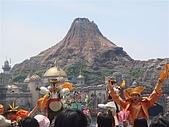 2009出發去東京DAY3:就像六福村的火山歷險一樣