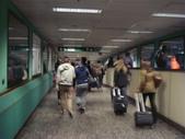 2011‧3月~義大利拍不停:時尚之都的機場很讓人意外的簡陋
