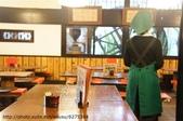 【2013東京賞花】 Day2:店裡滿大的 但客人有點少