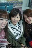 【2013東京賞花】Day1:好盡責導遊(左)、不專業領隊(中)、放好空團員(右)