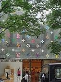 2009出發去東京DAY5:好花俏的外牆