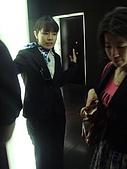2009出發去東京DAY5:引導坐電梯的服務人員