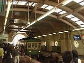 2009出發去東京DAY2:接近電車來的時間,突然人變多了