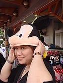 2009出發去東京DAY3:逗趣的米奇帽
