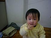 陳帝允的登大人記錄(2007-1歲):手指頭