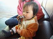 陳帝允的登大人記錄(2007-1歲):02.06  啃啃啃