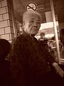 陳帝允的登大人記錄(2007-1歲):老與少