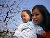 陳帝允的登大人記錄(2007-1歲):好一對母女~