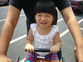 陳帝允與婷雅幫:2008.08.30一大早就跟婷雅阿姨騎腳踏車