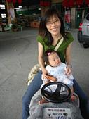 陳帝允的登大人記錄(2007-1歲):來陪阿姨坐車車